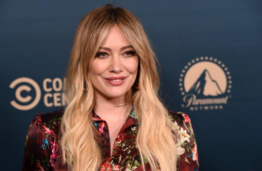 Hilary Duff je bila izpostavljena novemu koronavirusu.