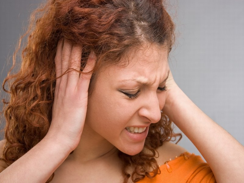 Če se poleg slabosti pojavi še zvonjenje v ušesu, gre morda za Menierovo bolezen.