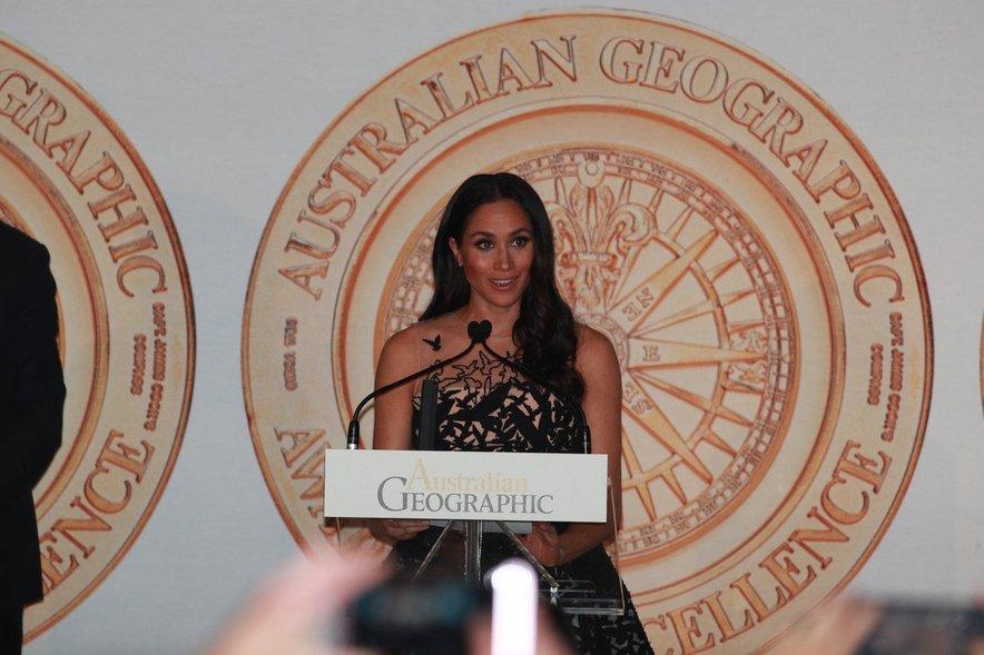 Meghan je ta večer podelila eno od nagrad.