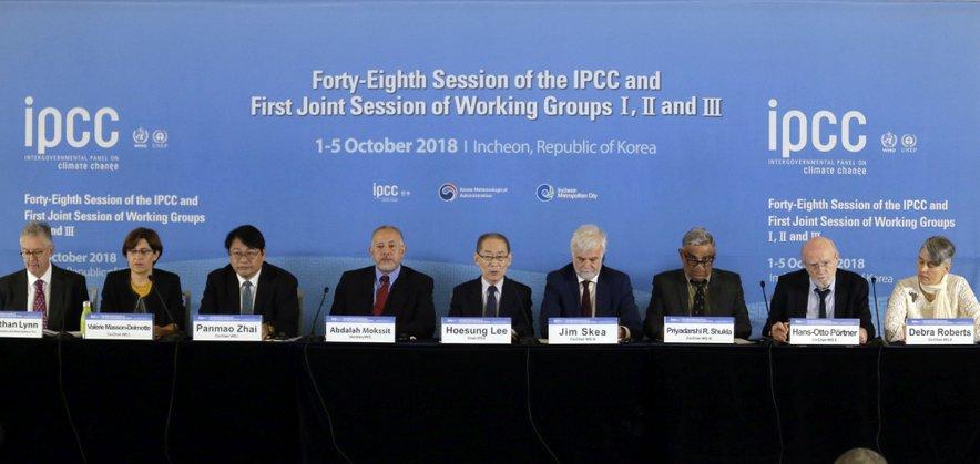 Delegati 195 držav, ki sodelujejo v Medvladnem forumu o podnebnih spremembah (IPCC).