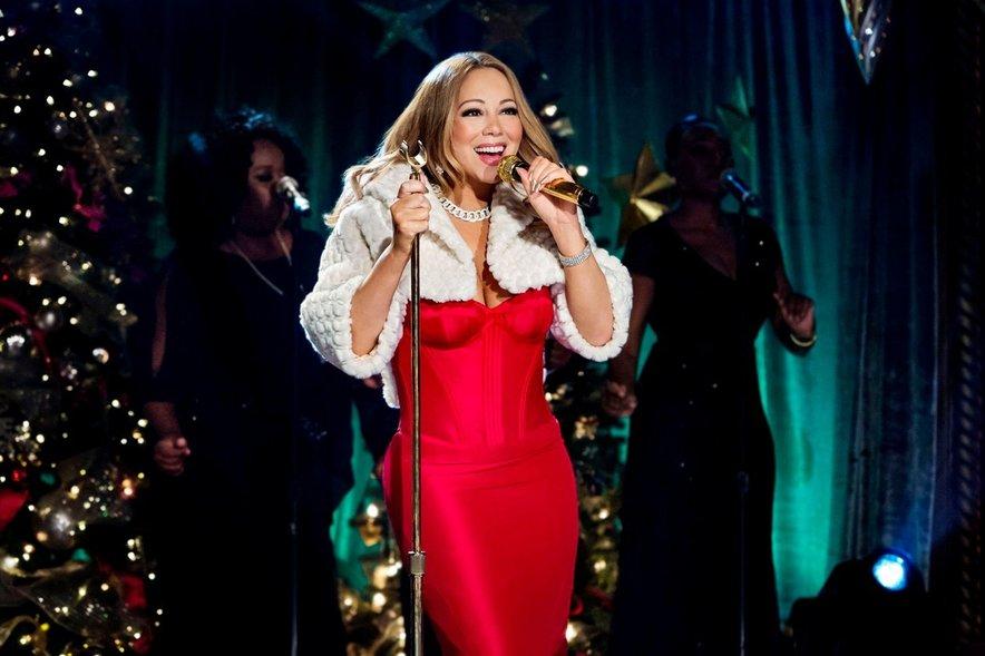 Mariah bo ponovno delila božično veselje, 'prenovljeni' album bo izšel 1. novembra.