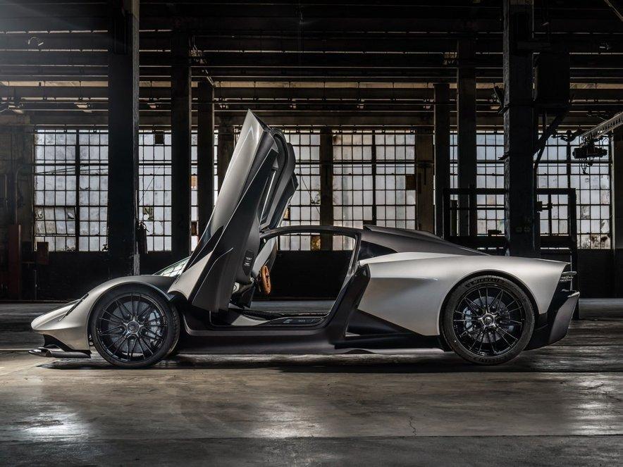 Aston Martin Valhalla je avtomobil, za katerega zmanjka presežnikov.