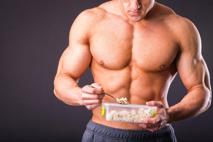 Mišice za rast tako potrebujejo hrano in trening.