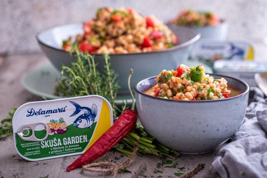 Proizvodi vsebujejo izključno skušo najvišje kakovosti (Scomber scombrus) in hrustljavo zelenjavo.