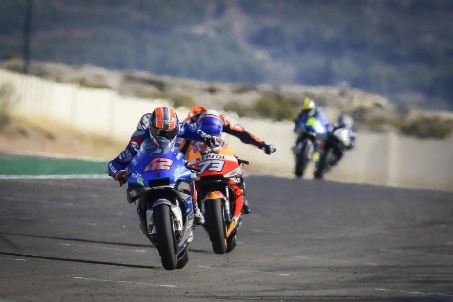 Alex Rins in Alex Marquez bosta s konkurenti naslednjo sezono začela v Katarju. Letos je ta dirka v elitnem razredu odpadla zaradi pandemije.