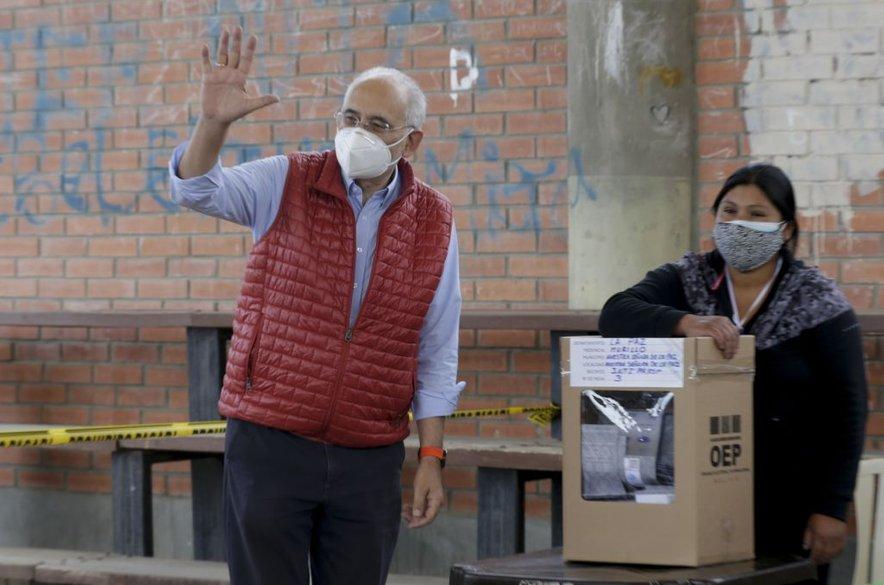 Carlos Mesa na volišču