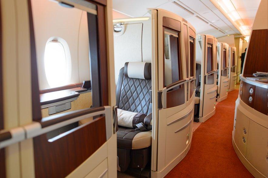 Najdražji sedež na Airbusu A380 – večerja vas lahko stane več kot 420 evrov.