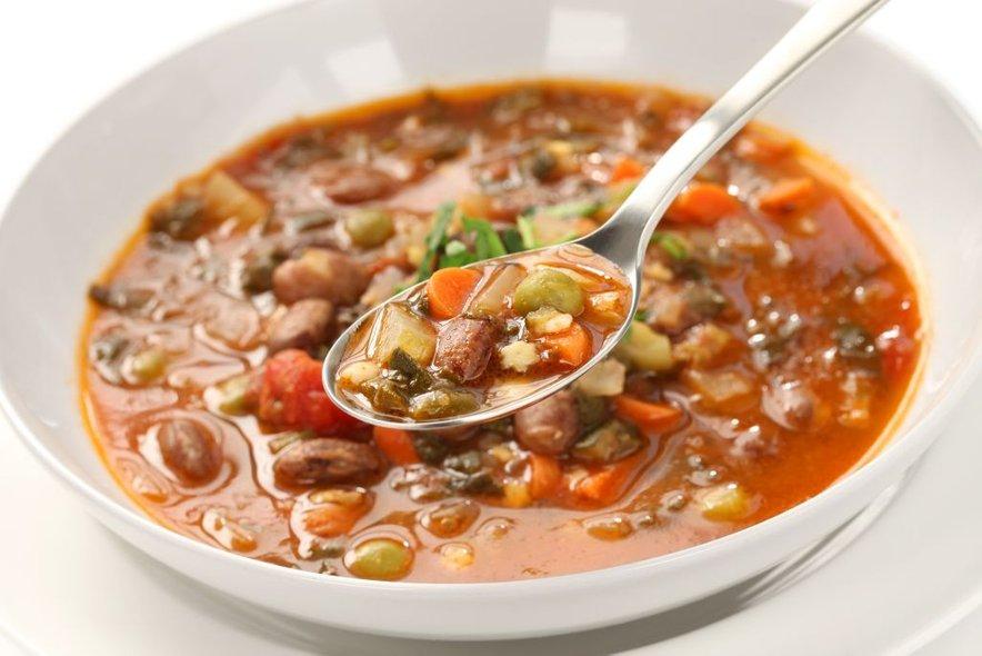 Mineštra je odlična jed, bogata s hranljivimi snovmi in ravno pravšnja za hladnejše dni.