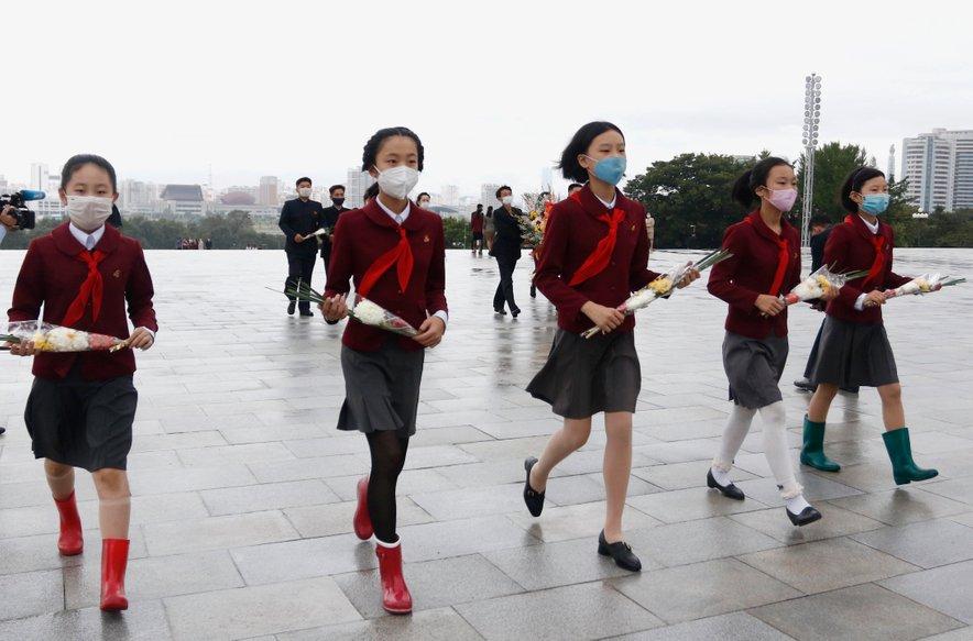 Severnokorejskim otrokom grozi lakota, opozarja strokovnjak ZN.