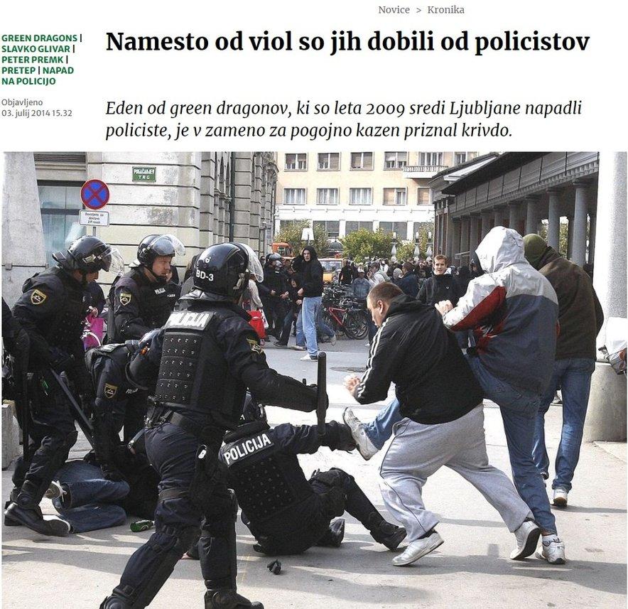 Spopad navijačev in policistov leta 2009. Fotografija je bila objavljena v Delu.
