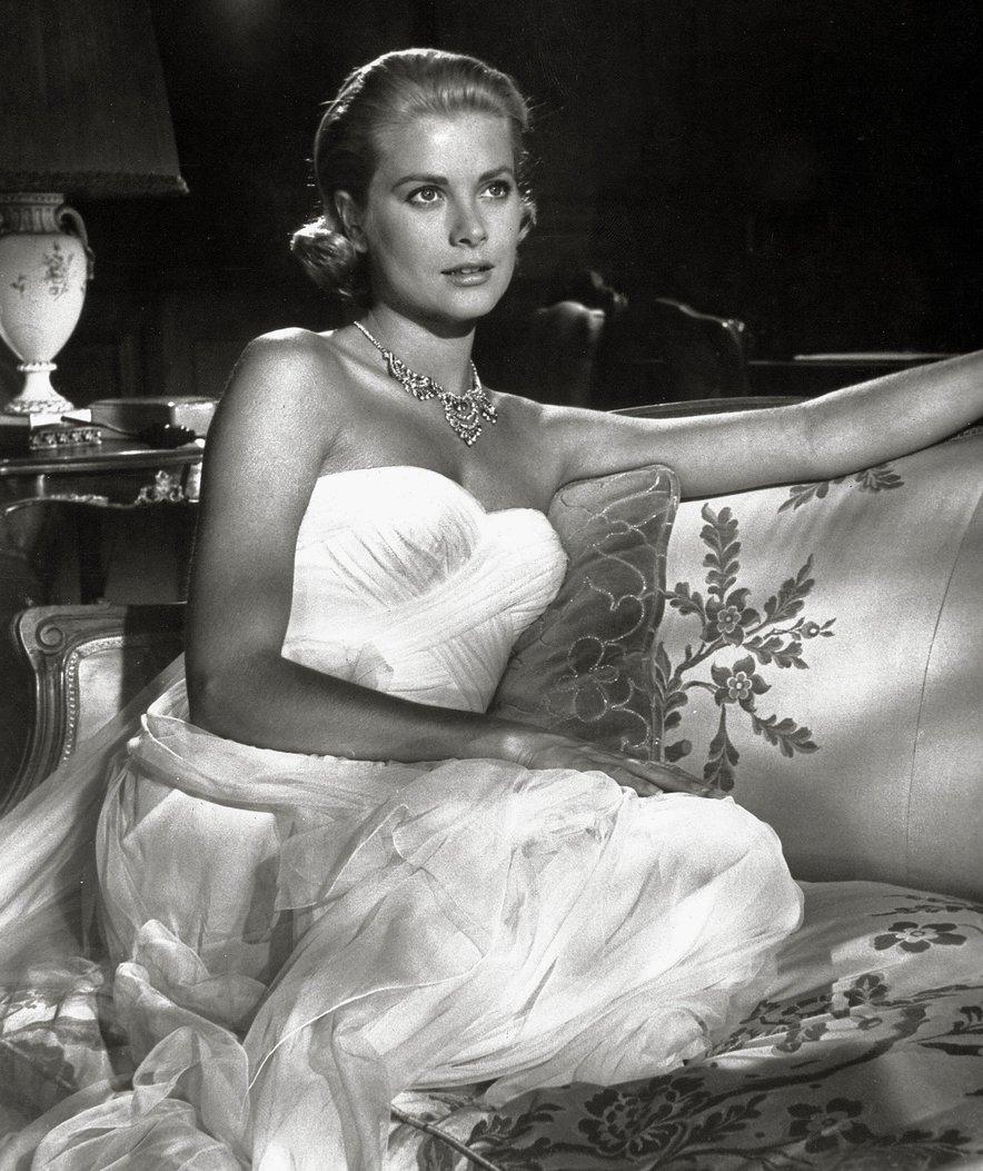 Leta 1982 je umrla v prometni nesreči v Monaku zaradi možganske kapi.