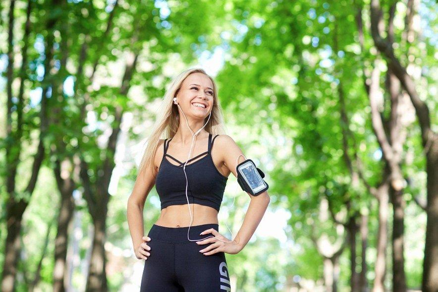 Z gibanjem se poveča tudi nivo dopamina in endorfinov, hormonov dobrega počutja.
