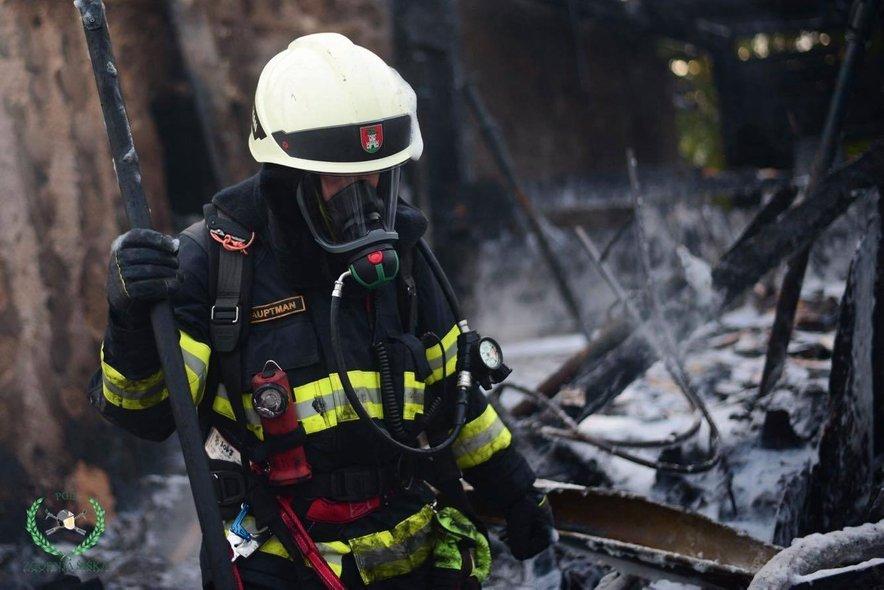 Požar v ljubljanskih Stegnah