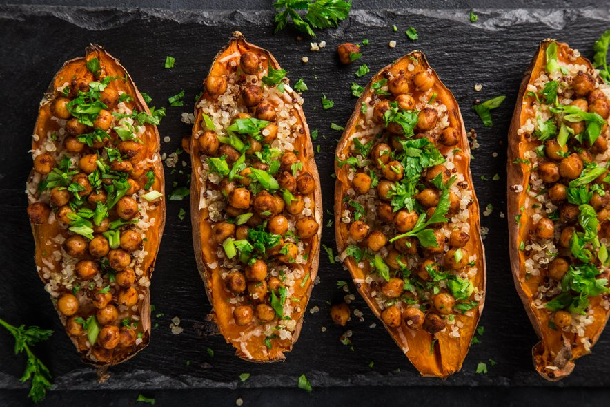 Čičeriko uporabljamo za pripravo številnih jedi. Lahko jo ponudimo kot glavno jed ali pa uporabimo za pripravo juh, enolončnic, solat, zelenjavnih jedi, testenin, rižot in namazov.