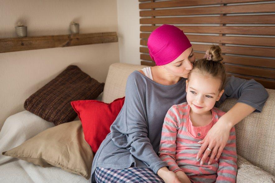 Zdravljenje raka ima lahko pozne posledice na zdravju pacienta in kakovosti njegovega življenja.