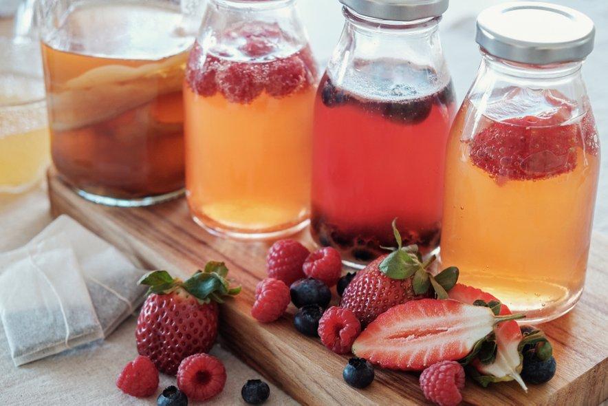 Okus lahko popestrite tudi z dodatkom mentolovega bonbona ali koščkom kandiranega sadja (ingver, pomaranča ...).