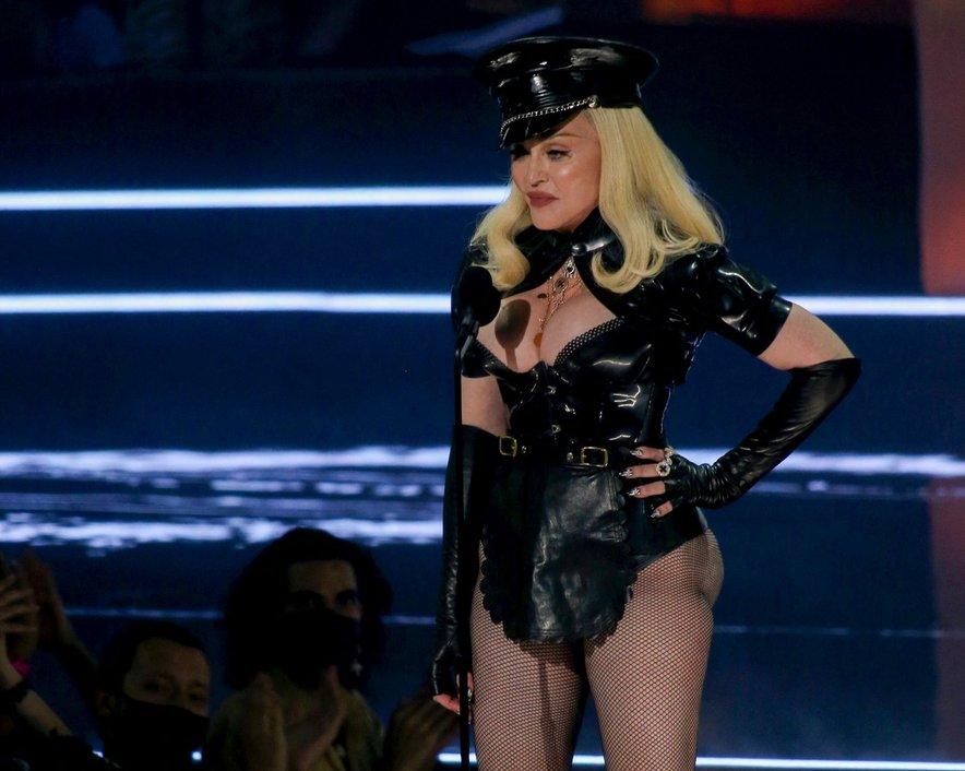 Presenečenje večera - Madonna
