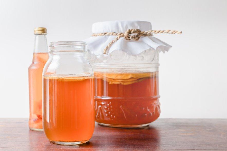 Ker se bo fermentacija še nadaljevala, morajo biti steklenice odporne na pritisk, ki se ustvarja.