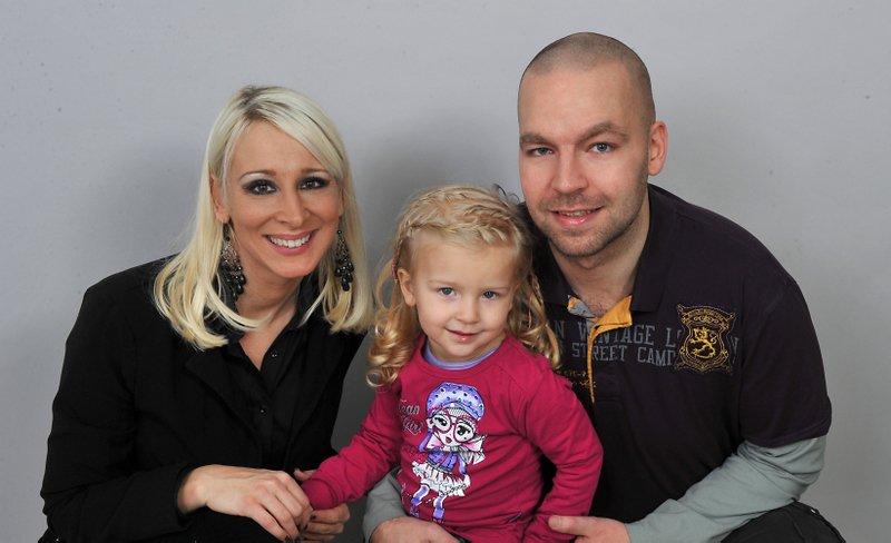 Simon Meglič z družino