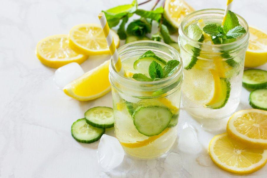 Voda z okusom