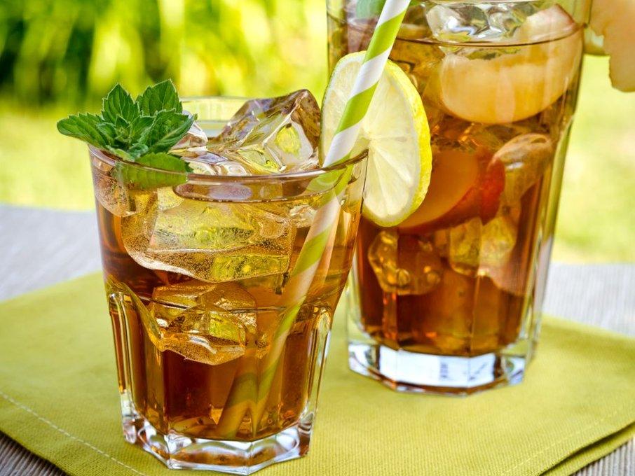 Ledeni čaj je lahko pravi osvežilni napitek.
