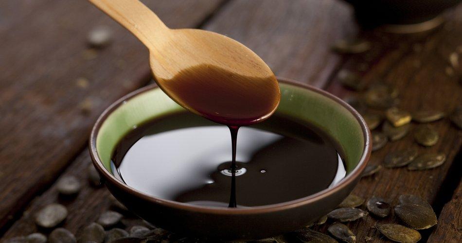 Zdravo in okusno olje, ki navdušuje z vsestransko uporabo