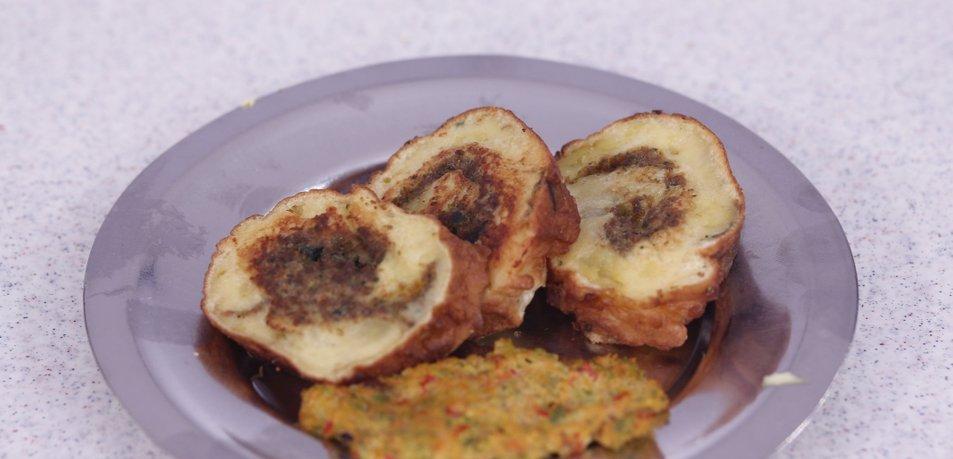Ocvrta krompirjeva rolada