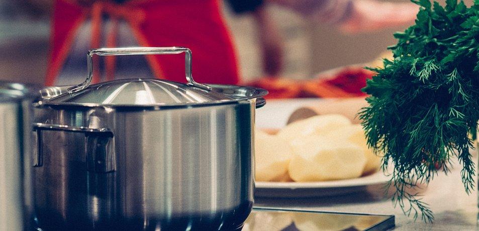 12 živil, ki vam lahko škodijo, če jih jeste ob napačnem času